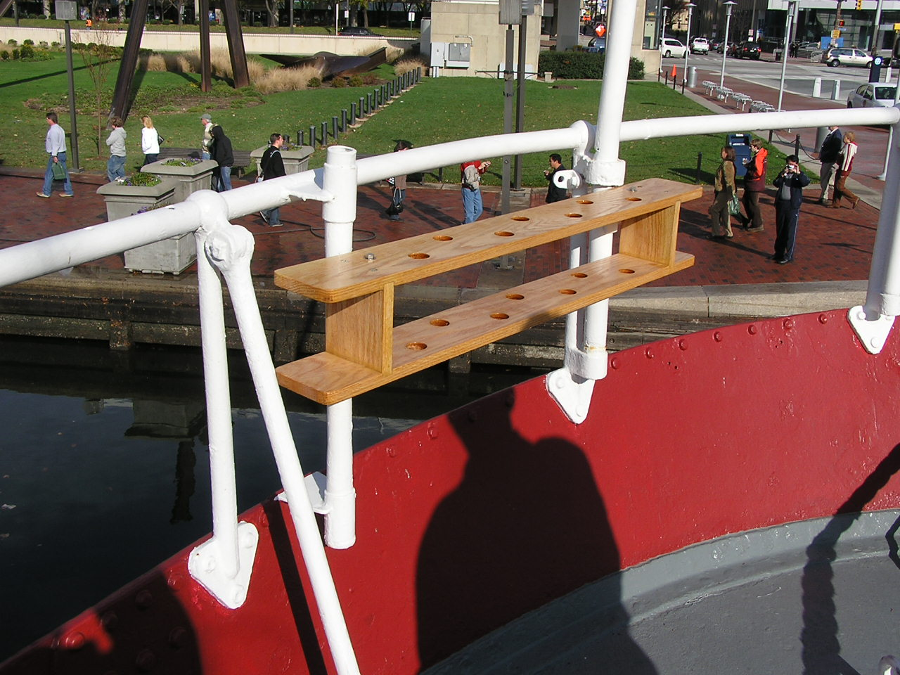 Swab rack on the Fantail - After - August 2008